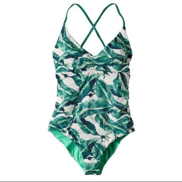 fa4f07a98ae72 Patagonia reversible one piece kupala swimsuit. M_5a83ab8445b30c0ef5b11f4a